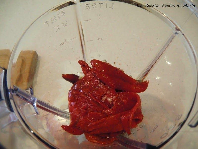 www.lasrecetasfacilesdemaria.com/2015/04/salsa-htipiti-con-tagliatelle.html