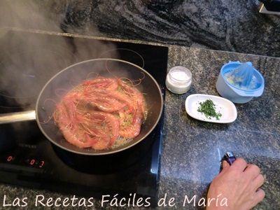 Gambas-de-Huelva-al-Whisky-flambeadas https://www.lasrecetasfacilesdemaria.com/2016/01/gambas-de-huelva-al-whisky.html/